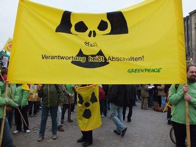 Greenpeace beteiligt sich an Anti-Atom-Demonstration in Hannover am Jahrestag der Reaktorkatastrophe von Fukushima