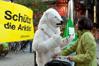 Hannover begrüßt Eisbär Isbjörn