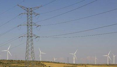 Stromnetzplan zementiert zentrale Strukturen, Energiewende geht anders!