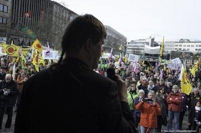Eindrucksvoller Protest: Energiewende retten!
