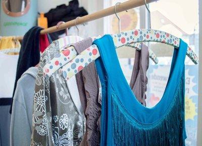 Tauschen statt neu kaufen - Kleidertauschparty