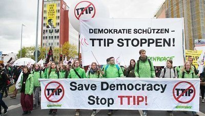 90.000 Menschen protestieren in Hannover gegen TTIP & CETA