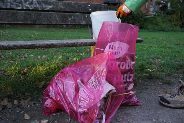 Retrospektive: Müllsammelaktion mit Helden e.V.